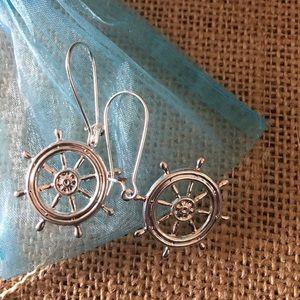 Jewelry - Ships wheel earrings!